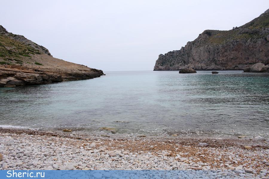 Испания. Майорка. Пляж Figuera.