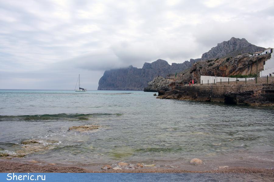 Испания. Майорка. Пляж Barques.
