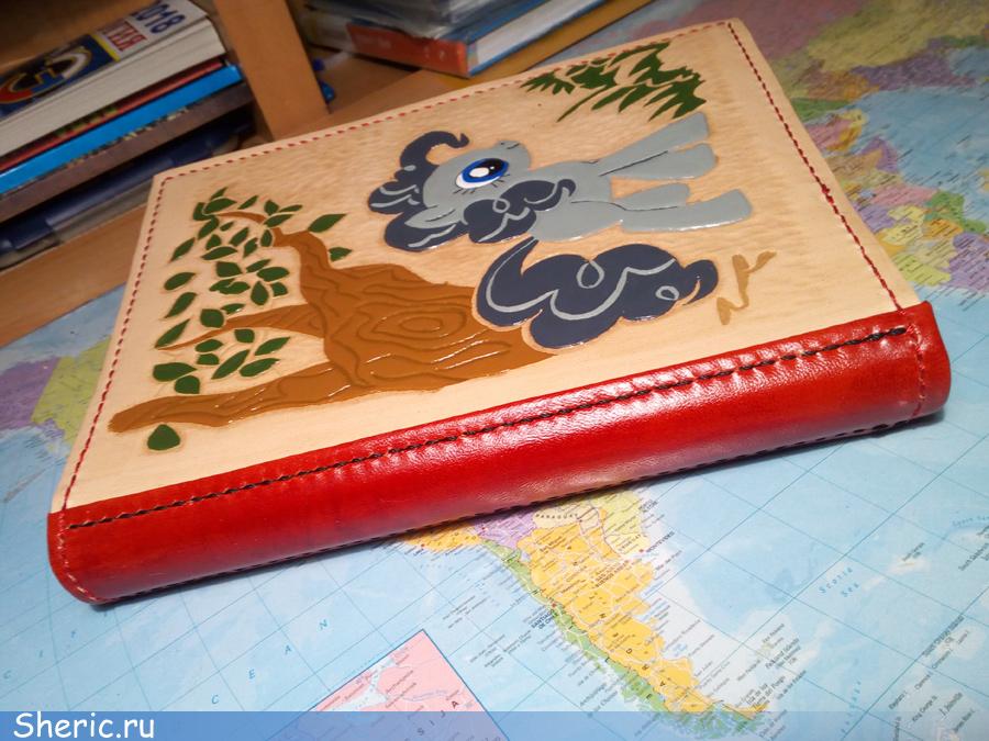 Пошив кожаной тетради